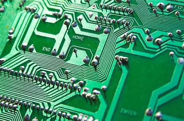 祥硕PCIe 4.0方案力争年底前流片:服务AMD 500系主板订单