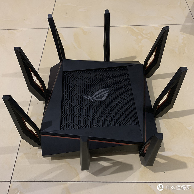 家庭WiFi布网实战:WiFi6能发挥多少性能?—华硕GT-AX11000开箱简测
